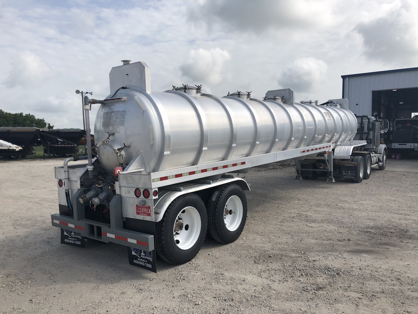 2008 Dragon 150BBL Vacuum Trailer